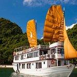 2-dages, 1-nat Halong Bay Discovery Cruise fra Hanoi