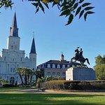 新奥尔良市观光之旅:卡特里娜、花园区、法国区、墓地
