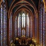Paris Sainte Chapelle in Palais de la Cité Skip the Line Entrance Ticket