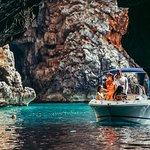 Tour privato: Herceg Novi-Blue Cave-Lady of the Rocks-Perast (3h) (fino a 6 persone)