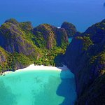 Phi Phi Islands Adventure Day Trip with Seaview Lunch by V. Marine Tour