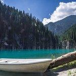 Kolsai湖とKaindy湖への2日間のプライベートツアー。