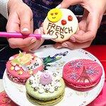Único Couture Macaron- Bake & Design