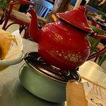 صورة فوتوغرافية لـ Mama Ghanouj Restaurant