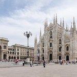 Shopping/Outlet tour in Milan