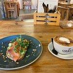 صورة فوتوغرافية لـ Urban Cafe - Bar - Kitchen