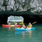 6 Hours Halong Bay Cruise On Titop Island & Swimming With Lunch On Deluxe Cruise