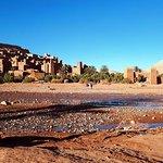 KULTUR, TREKKING, ERLEBNISSE UND ENTSPANNUNG IN DER SAHARA. (Exklusiv)