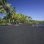 Big Island in a Day: Volcanoes, Waterfalls, Sightseeing, History