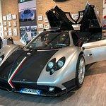 Excelencias: recorridos por la fábrica de Lamborghini Pagani, Museo Maserati, queso parmesano