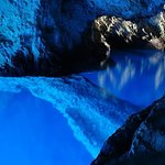 Excursão particular às 5 cavernas azuis da ilha de Trogir