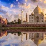 Excursion d'une journée au Taj Mahal et au fort d'Agra en voiture
