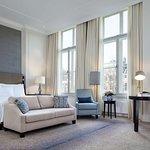 Guest room (442826117)