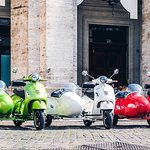Rome by Vespa Sidecar with Cappuccino