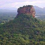 SLDT03-3 - 斯里蘭卡一日遊 - 來自康提的丹布勒寺和錫吉里耶堡壘
