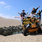 2-Day Private Tour: Ballestas, Paracas, Vineyard, Huacachina & Sunset from Lima