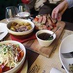 Fotografija – Crispy Gastro bar