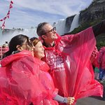 ‪Luxury Small-Group Niagara Falls Day Tour from Toronto with Hornblower Cruise‬