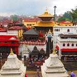 Private Tour of Pashupatinath and Bouddhanath