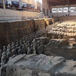 All Inclusive Private Tour:2-Day of Chengdu and Xi'an with Hotel Accomodation