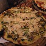Street Pizza & The Wine House의 사진