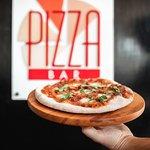 صورة فوتوغرافية لـ Pizza Bar