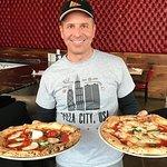 比萨城美国西环披萨爬行