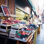 Private market tour, lunch or dinner and cooking demo in Trento