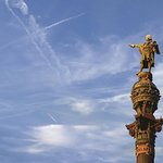 Skip the Line: Columbus Monument Ticket with Upgrade Wine Tasting in Barcelona