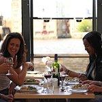 【浪漫美食体验】伦敦泰晤士河午餐游船之旅(含两道式午餐)