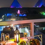 Great Pyramid Inn Dinner With Pyramids View