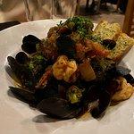 홍합과 새우 요리