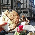 Panini Toscani resmi
