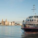 Liverpool: River Cruise og Hop-On Hop-Off Bus Tour