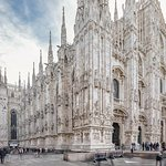 Skip-the-line Duomo Tour with Rooftop Access