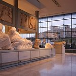 Akropolis & Akropolis Museum (Small Group Morning Walking Tour)