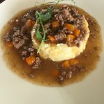 Braised mince and clapshot