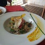 salade de poisson crue marinée