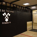 1 Hour - Axe Throwing Session in Pennsylvania
