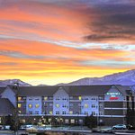 Experience the grandeur of Colorado's Front Range during an extended stay at our pet-friendly ho