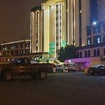 صورة فوتوغرافية لـ Assalam Palace Hotel 10th Floor Revolving Restuarant