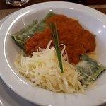 Ravioles de verdura con salsa fileto