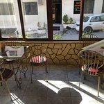 صورة فوتوغرافية لـ مطعم شموع البتراء