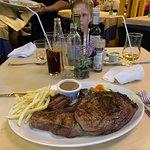 Photo de Sirocco Pizzeria Restaurant Grill