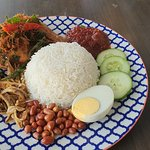 Foto Ahh-Yum by Kampong Kravers