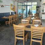 식당 네부는 깔끔하고 시원해서~ 식사를 즐기기에 너무 좋은 곳이다.