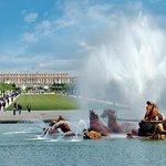 Entrada a los Jardines de Versalles: Espectáculo musical de fuentes en verano