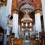 L'interno della Cathedral of St. Minas