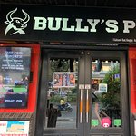 ภาพถ่ายของ Bully's Pub