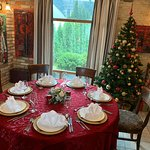 Holiday style table